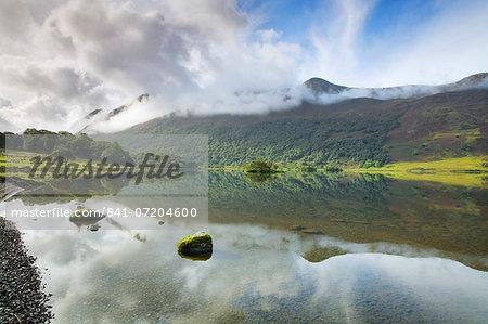 Crummock Water, Lake District National Park, Cumbria, England, United Kingdom, Europe