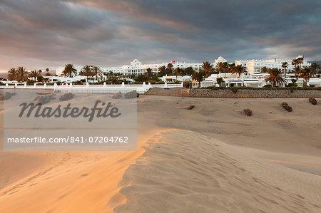 Sand dunes with Hotel RIU, Maspalomas, Gran Canaria, Canary Islands, Spain, Atlantic, Europe