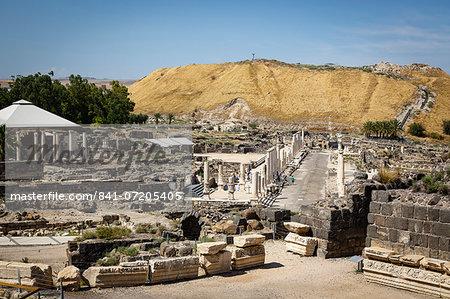 Ruins of the Roman-Byzantine city of Scythopolis, Tel Beit Shean National Park, Beit Shean, Israel, Middle East