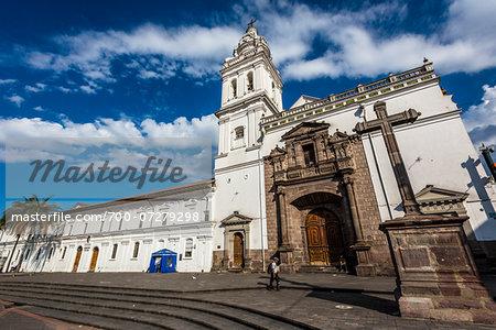 Iglesia de Santo Domingo, Plaza de Santo Domingo, Quito, Ecuador