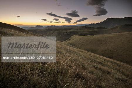The Amphitheatre at Dawn in the Drakensberg, Witsieshoek, Kwazulu-Natal, South Africa