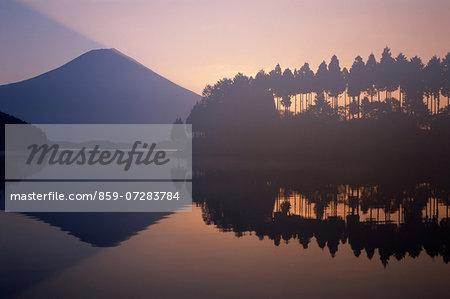 Lake Tanuki, Shizuoka, Japan