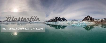 Panoramic view of Monacobreen, Spitsbergen, Svalbard, Norway, Scandinavia, Europe