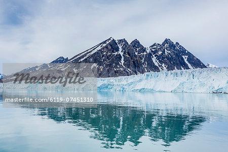 Reflected waters at Monacobreen, Spitsbergen, Svalbard, Norway, Scandinavia, Europe