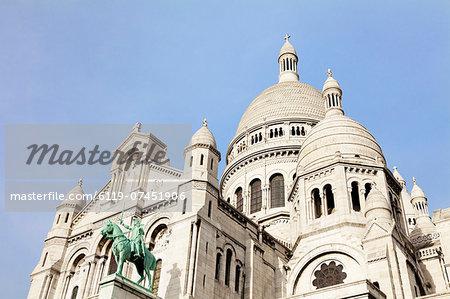 Basilica of Sacre Coeur, Montmartre, Paris, Ile de France, France, Europe