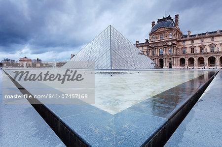 Louvre Museum and pyramid, Paris, Ile de France, France, Europe