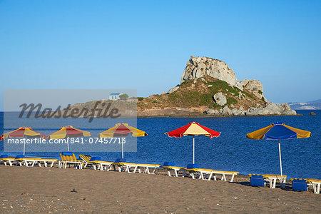 Beach on Kefalos Bay looking out to Kastri Island, Kos, Dodecanese, Greek Islands, Greece, Europe