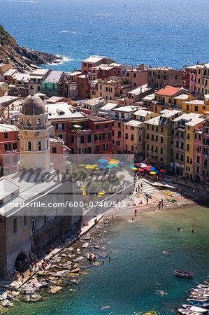 Overview of Vernazza, Cinque Terre, La Spezia District, Italian Riviera, Liguria, Italy