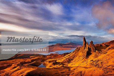 The Old Man of Storr at dawn sunrise,Trotternish Peninsula, Isle of Skye, Inner Hebrides, Highlands and Islands, Scotland, United Kingdom, Europe