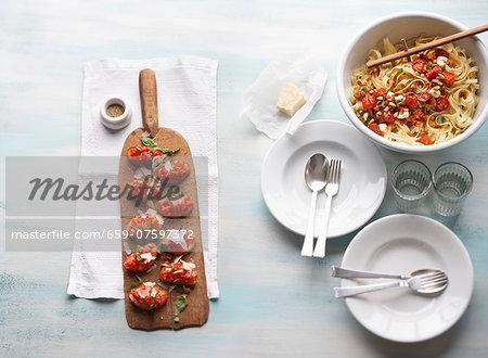 Bruschetta and tagliatelle arrabiata