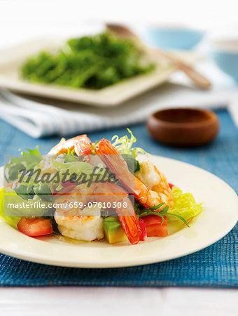 Prawn salad with asparagus and avocado