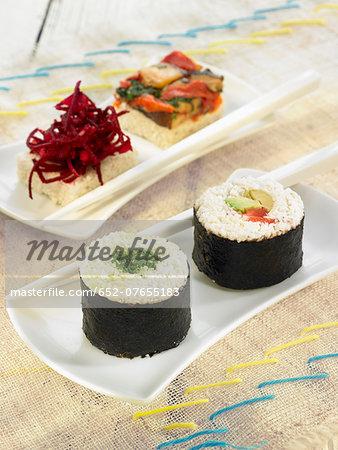Cauliflower and vegetable makis et sushis