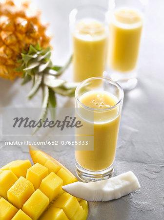 Mango-pineapple-coconut smoothies