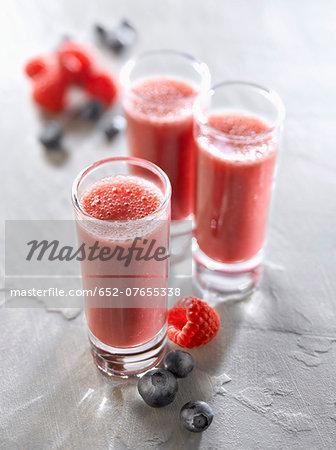 Raspberry-blueberry smoothies