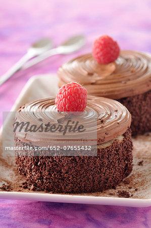 Individual moka cakes