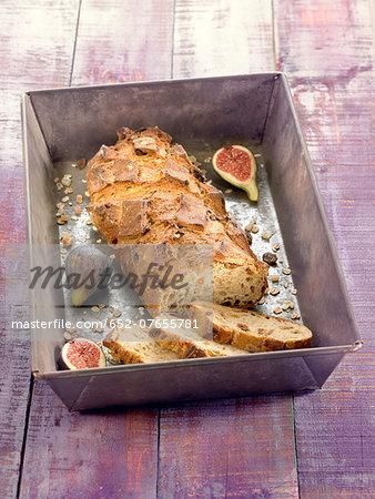 Fig and muesli bread