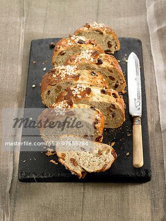 Raisin and walnut brioche -style bread
