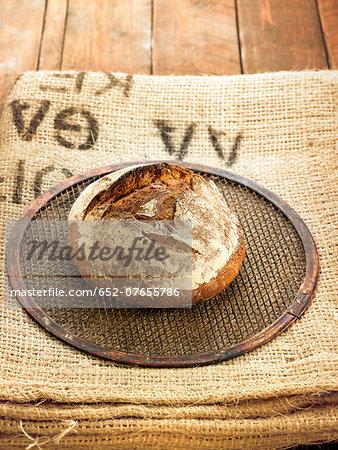 Spelt brown bread