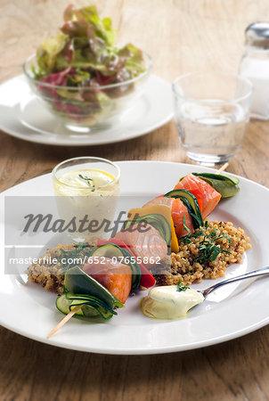 Salmon and vegetable brochette