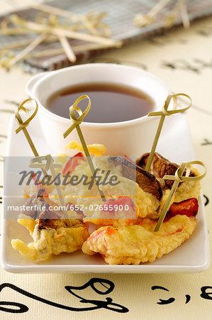 Mushroom and pepper tempuras