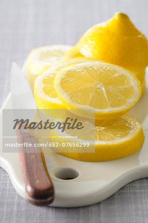 Slicing a lemon