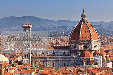 Italy, Italia. Tuscany, Toscana. Firenze district. Florence, Firenze. Duomo Santa Maria del Fiore.