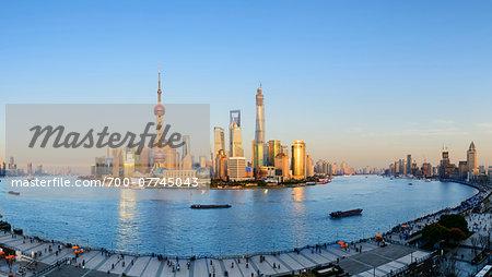 Lujiazui financial district with the Oriental Pearl Tower, Jinmao Tower, Shanghai World Financial Centre and Shanghai Tower, Pudong, Shanghai, Shanghai Shi, Zhonghua, China