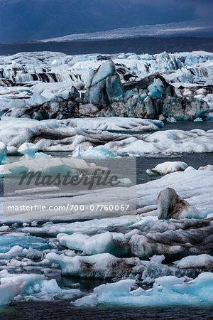 Scenic view of glaical ice in lake, Jokulsarlon, Iceland