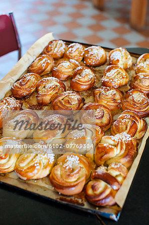 Buns on baking tray