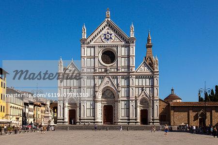 Piazza Santa Croce and Basilica di Santa Croce, Florence, UNESCO World Heritage Site, Tuscany, Italy, Europe