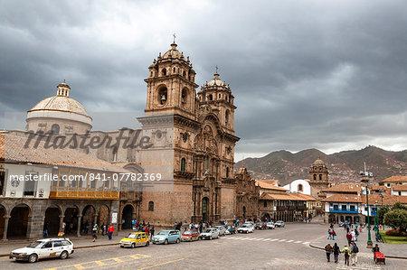 View over Iglesia de la Compania de Jesus church and La Merced church, Cuzco, UNESCO World Heritage Site, Peru, South America