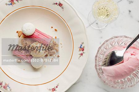 Cold dessert with meringue