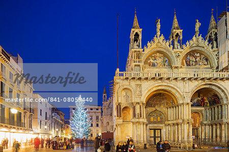 Christmas tree in St. Marks Square, San Marco, Venice, UNESCO World Heritage Site, Veneto, Italy, Europe