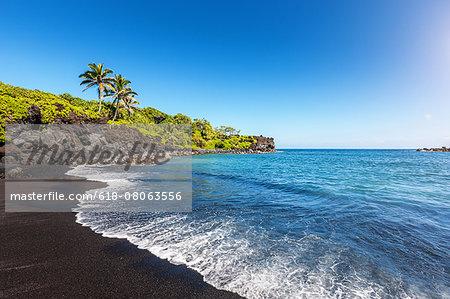 Lava Beach Waianapanapa Maui