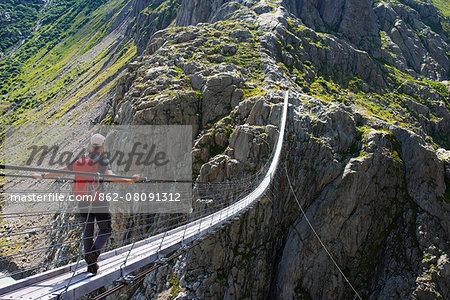 Europe, Switzerland, Canton of Bern, Triftbruke, Trift bridge MR