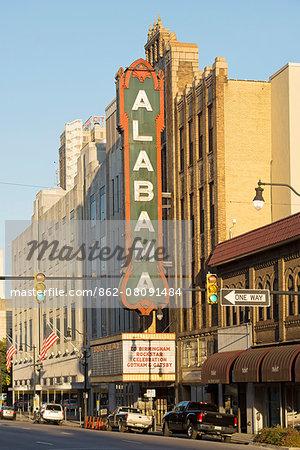 USA, Alabama, Birmingham, movie theatre in the city
