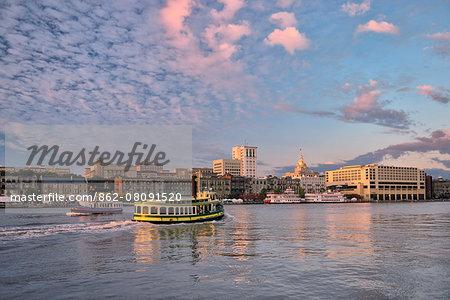 USA, Georgia, Savannah, first light along the Savannah river looking towards the city of Savannah's waterfront