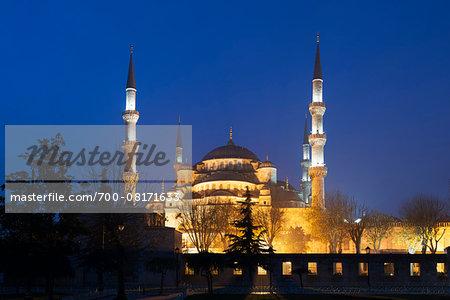 Sultanahmet at sunrise, Istanbul, Turkey