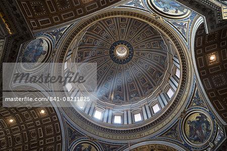 Michelangelo's dome, St. Peter's Basilica, UNESCO World Heritage Site, Vatican City, Rome, Lazio, Italy, Europe