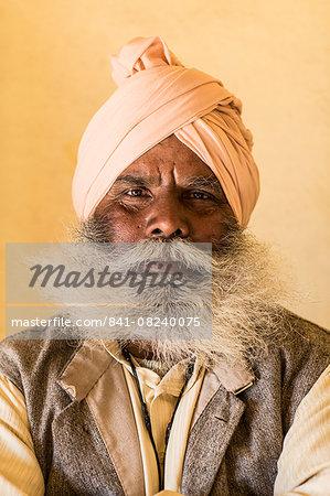 Man with beard, Mumbai, India, Asia