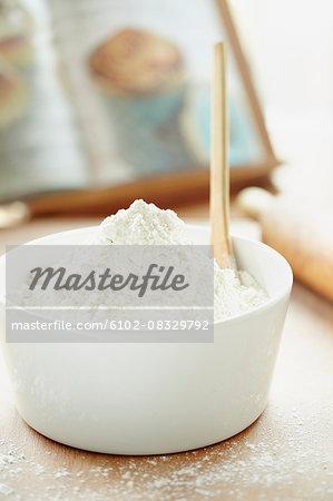 Flour in bowl