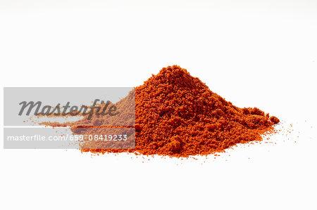 A pile of allspice powder