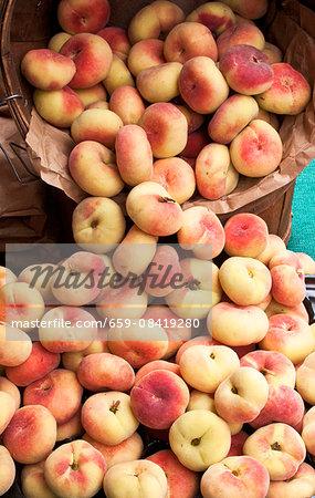 Vineyard peaches at a farmers' market