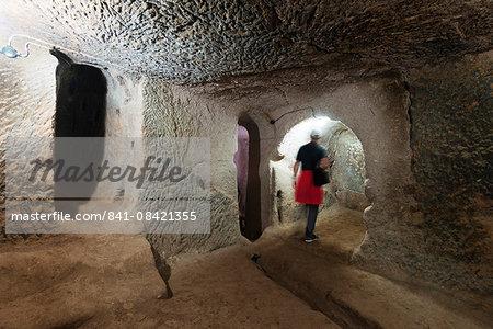 Underground room at Eski Gumusler Monastery, UNESCO World Heritage Site, Cappadocia, Anatolia, Turkey, Asia Minor, Eurasia