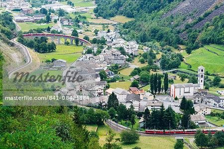 Circular railway viaduct, Brusio, Val Poschiavo, Graubunden, Switzerland, Europe