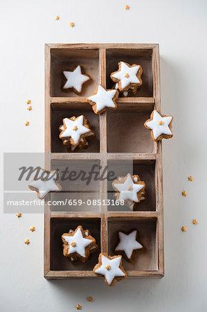 Cinnamon stars with mini sugar stars