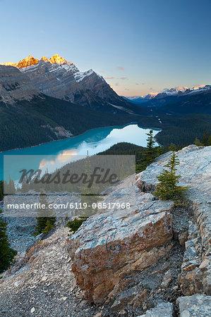 Peyto Lake at sunrise, Banff National Park, UNESCO World Heritage Site, Rocky Mountains, Alberta, Canada, North America
