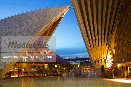 Sydney Opera House at Dusk, UNESCO World Heritage Site, Sydney, New South Wales, Australia, Oceania