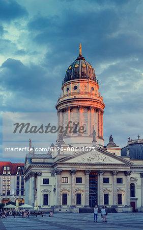 Germany, Berlin, Gendarmenmarkt, Cathedral facade at dusk
