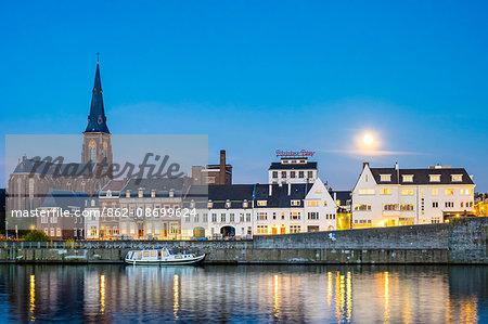 Wyck neighborhood on the Maas River at night, Maastricht, Limburg, Netherlands
